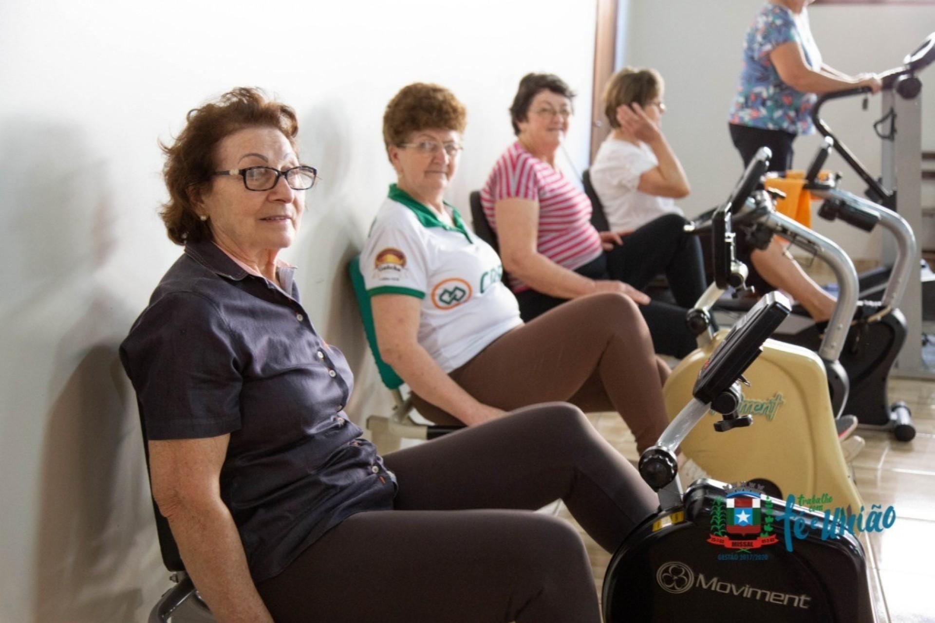 Academia atende cerca de 120 idosos no município de Missal