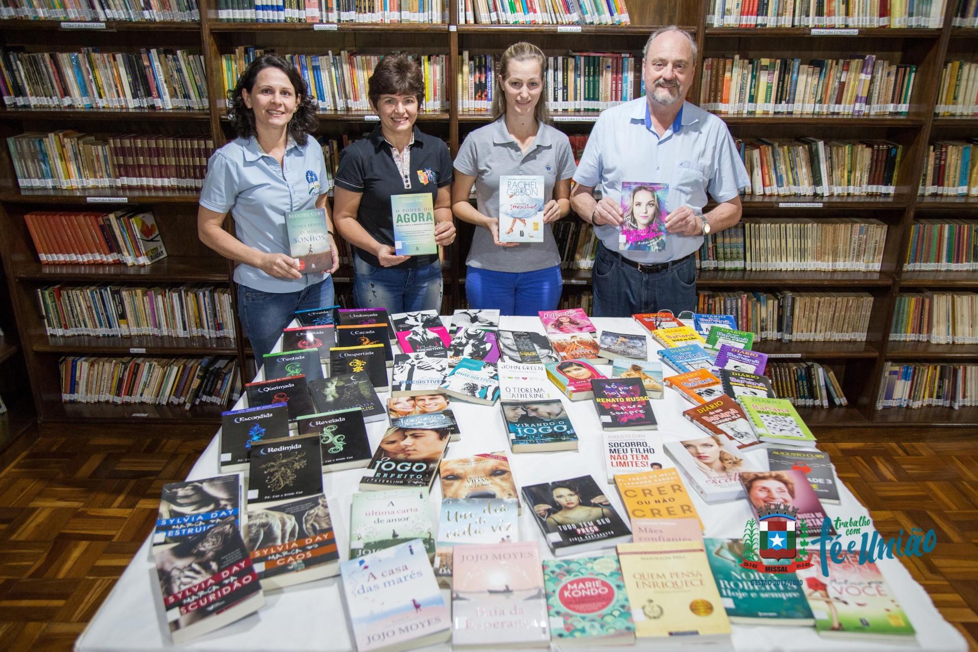Administração Municipal de Missal adquire livros novos para a Biblioteca Pública Eugenio Brod
