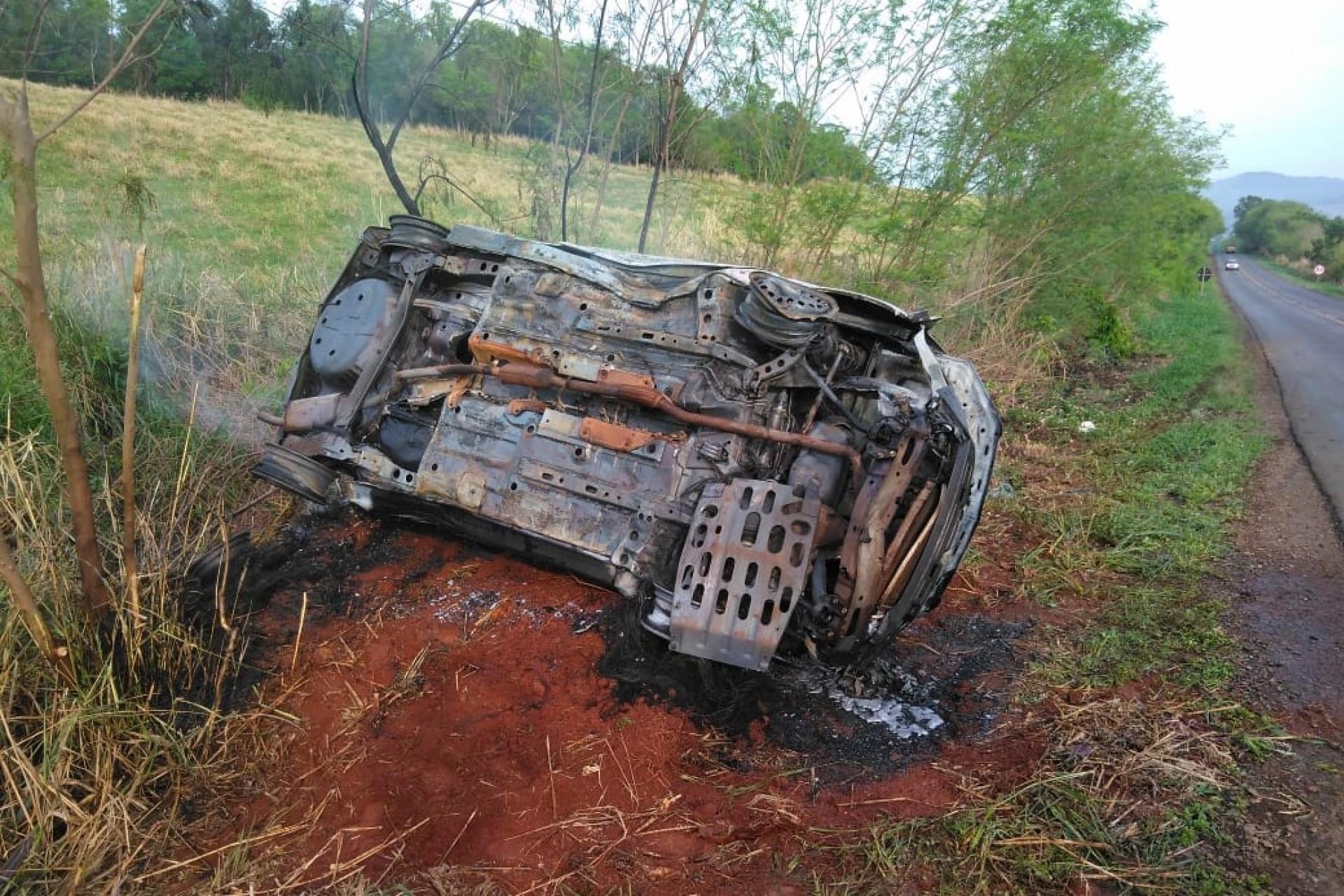 Após acidente,na PR 495 em Missal indivíduos roubam moto de casal que parou para prestar socorro
