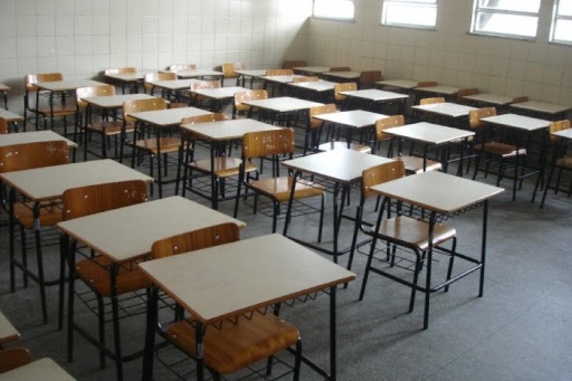 APP-Sindicato decide que educadores não retomam aulas presenciais em 2020