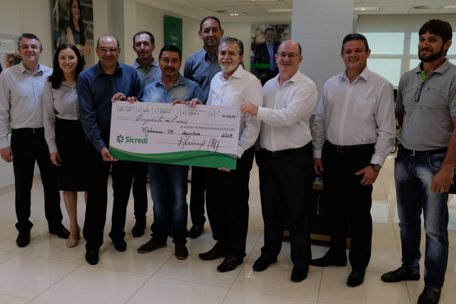 Associado do Sicredi em Medianeira ganha prêmio de R$ 50 mil na Poupança Premiada