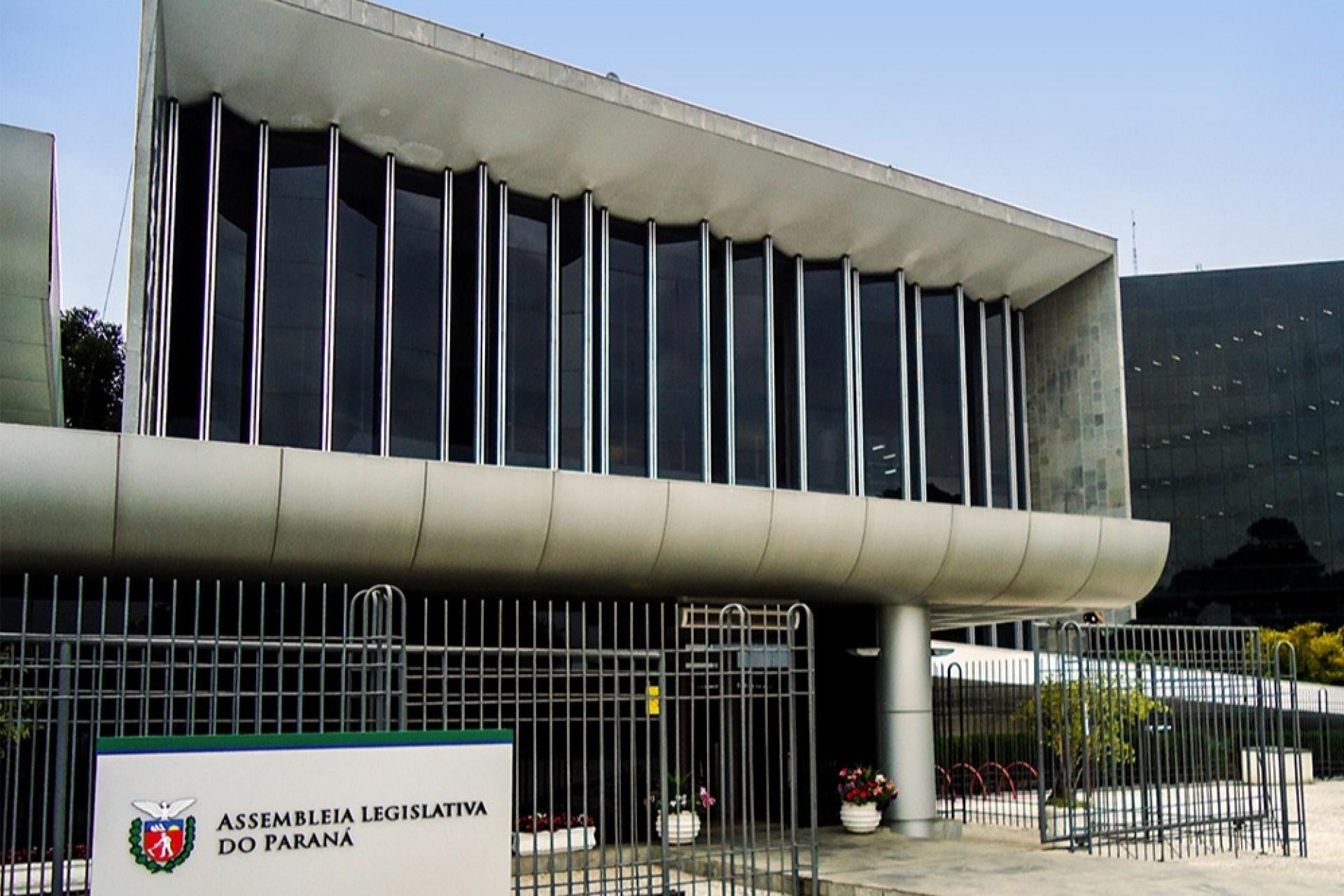 Conheça os deputados estaduais eleitos no Paraná