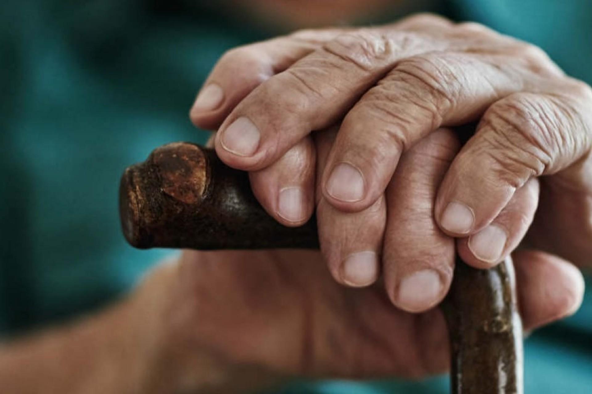 Dona de abrigo de idosos clandestino é condenada em Cascavel
