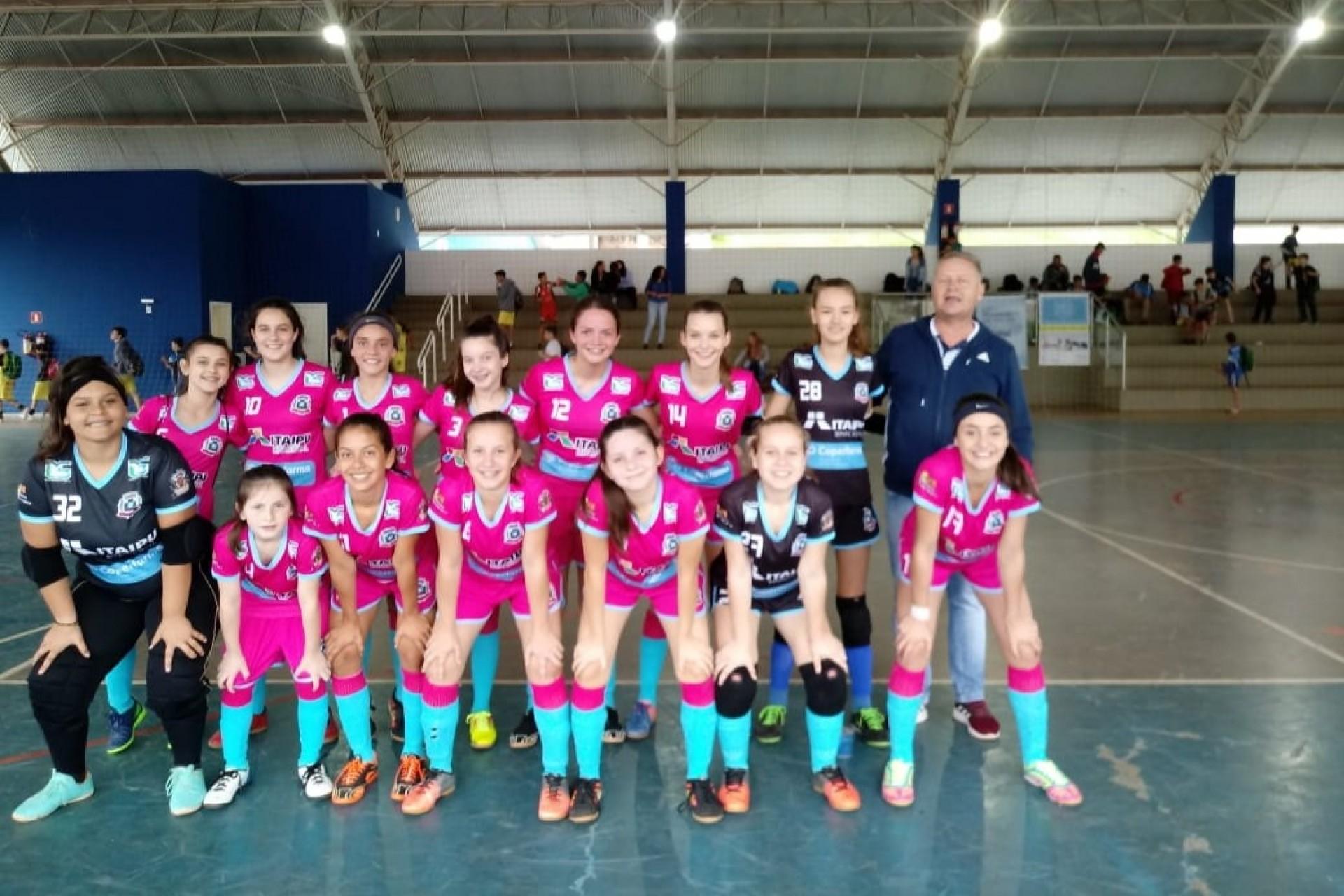 Equipe feminina do Missal Futsal vence mais uma pela Copa Sesc de Futsal Sub-14