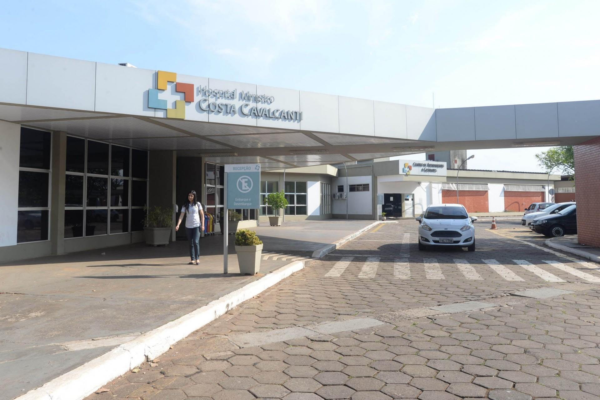 Hospital Costa Cavalcanti usa tecnologias de ponta para tratar pacientes com a covid-19