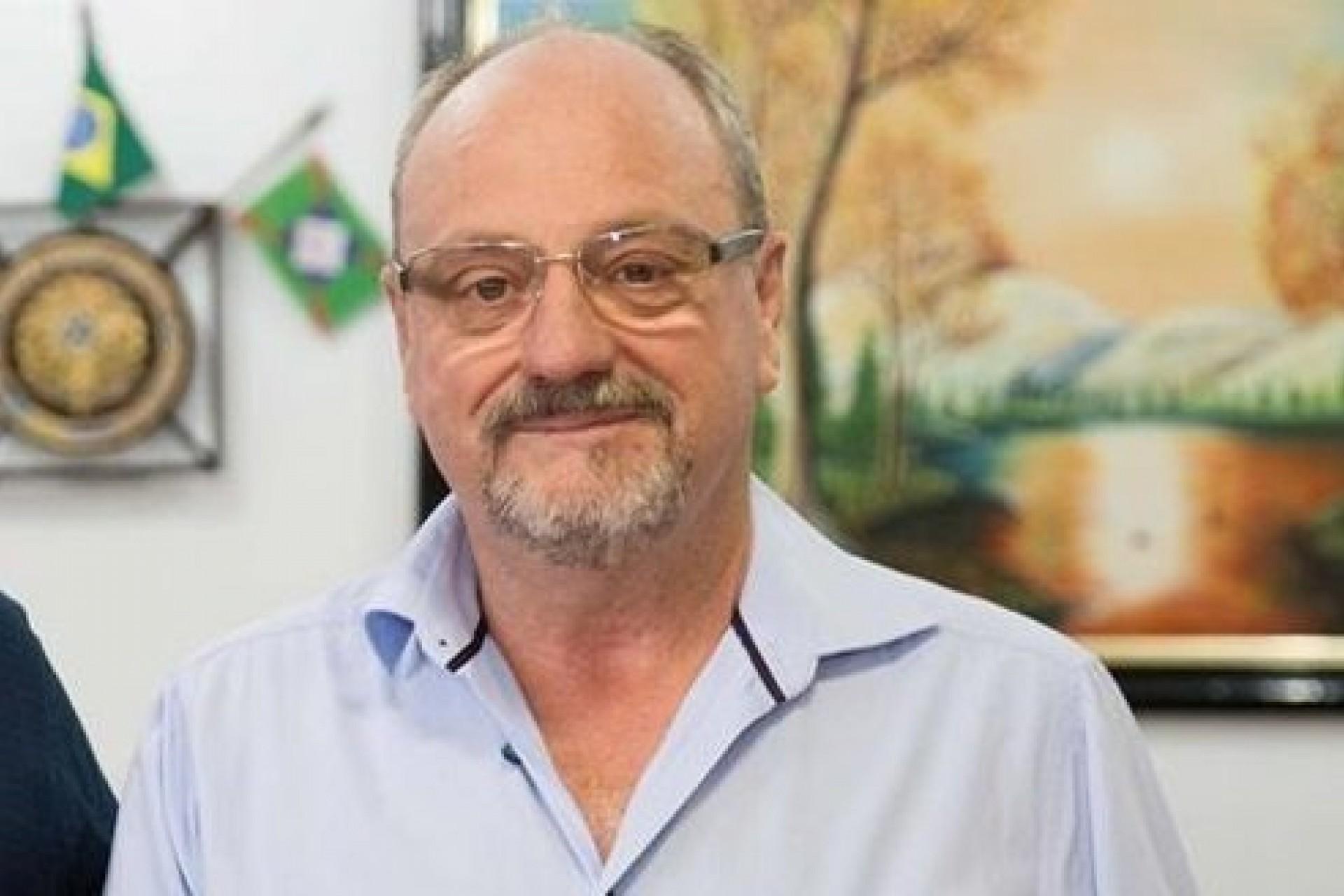 Maneco, prefeito de Missal, falece após procedimento cirúrgico