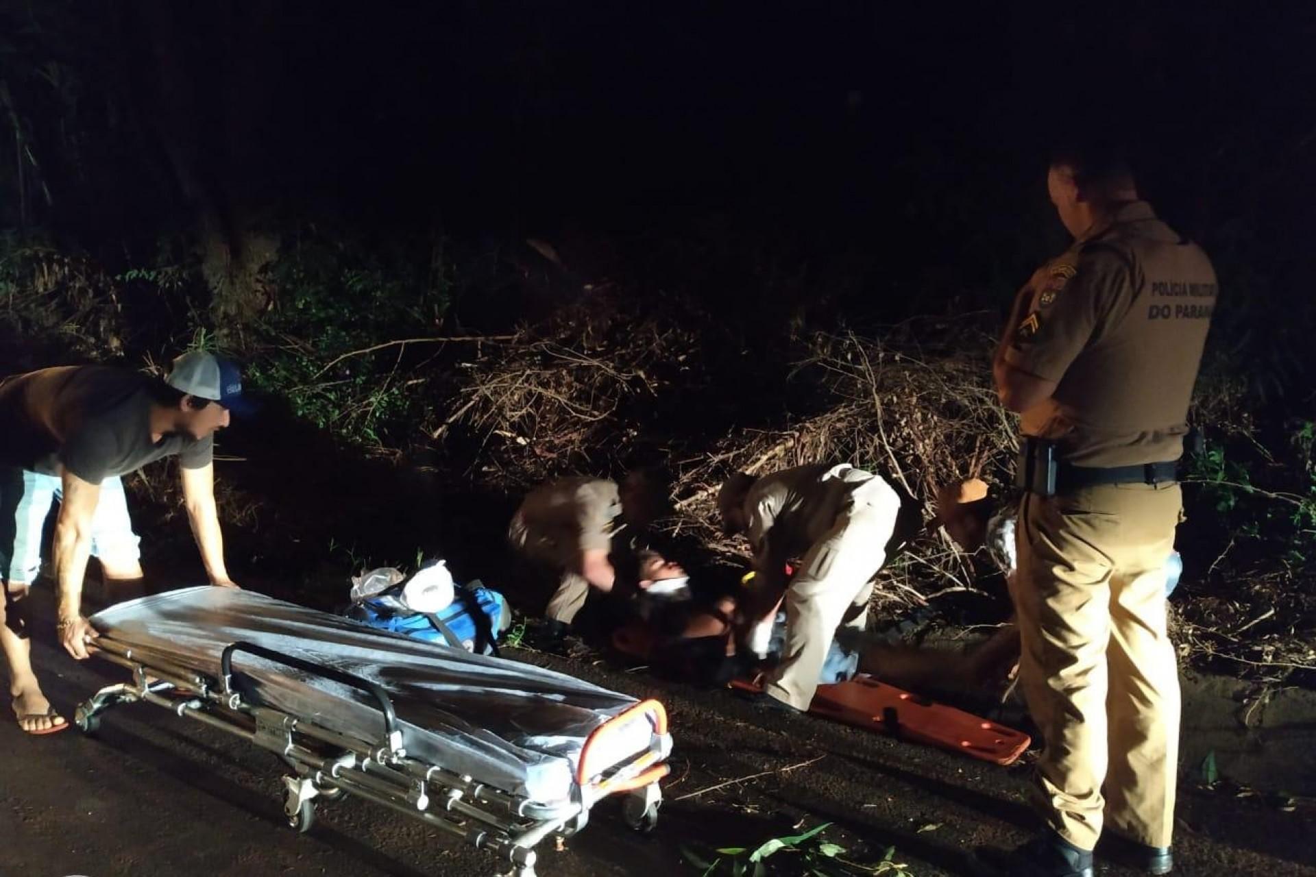Motociclista fica ferido em acidente no interior de São Miguel do Iguaçu