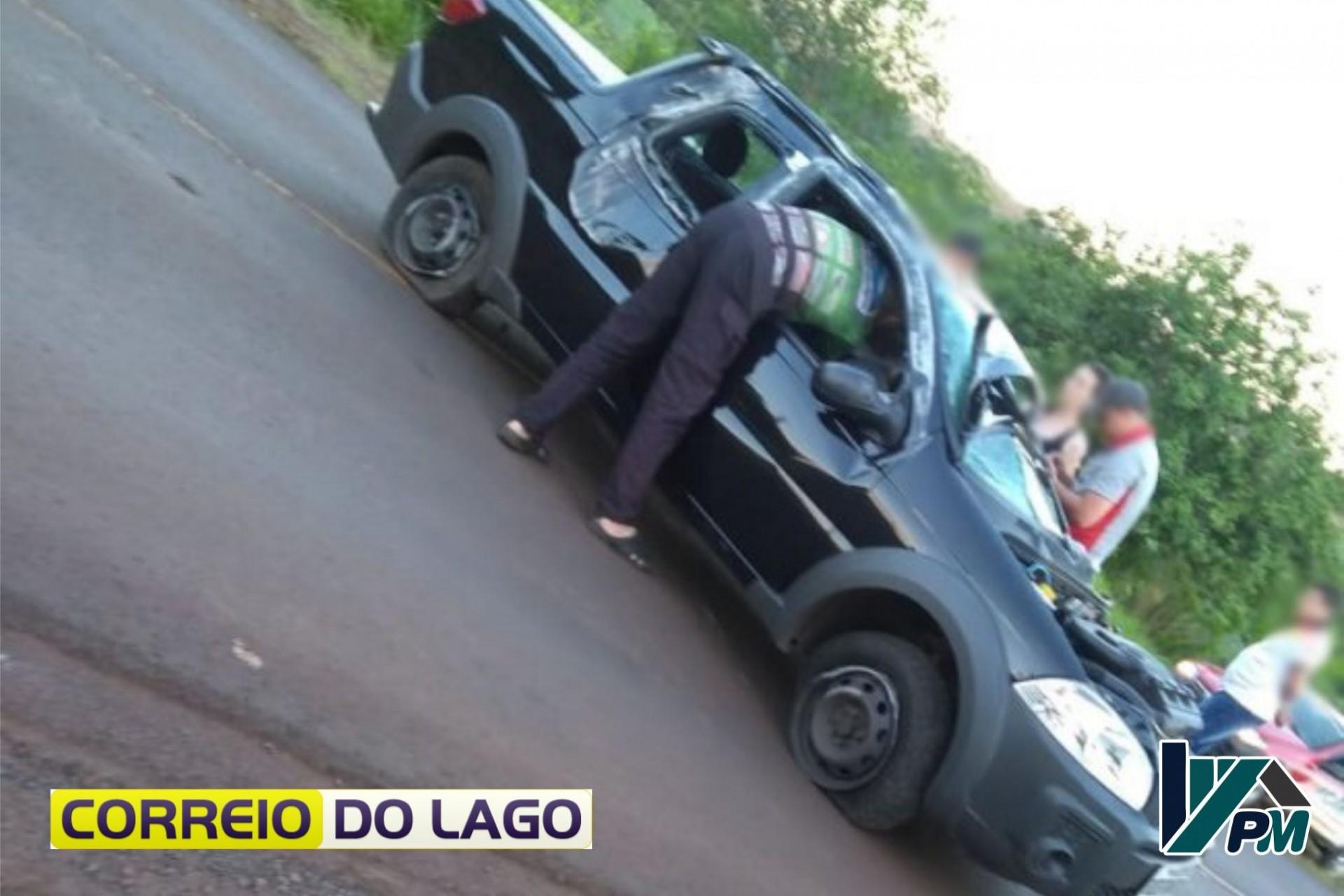 Motorista fica em estado grave após capotamento na PR-495 próximo à Missal