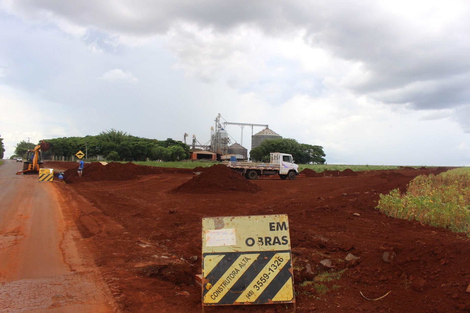Obras no Distrito Industrial de Santa Inês visa geração de emprego e renda para o município