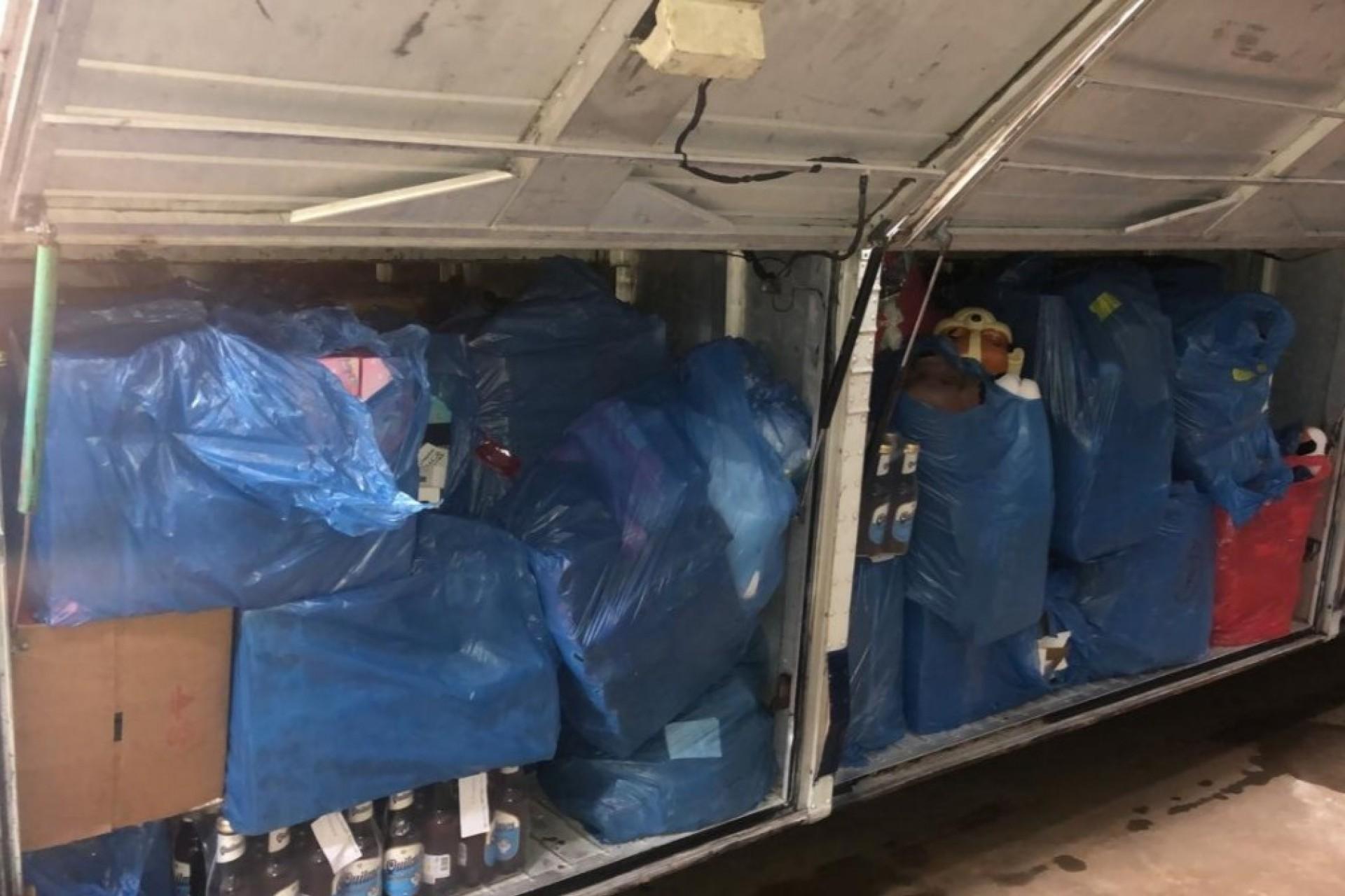 Operação na BR-277 retém cerca de R$ 400 mil em mercadorias