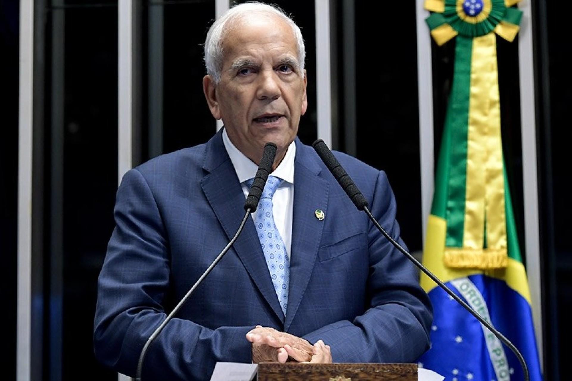 Senador Oriovisto propõe fusão de cidades pequenas com municípios maiores