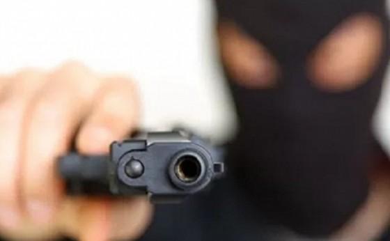 Assalto a mão armada é registrado no interior de Missal nesta manhã