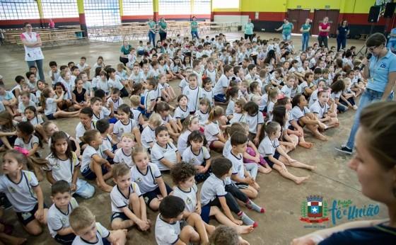 Atividades da Semana da Criança iniciaram nesta segunda-feira em Missal