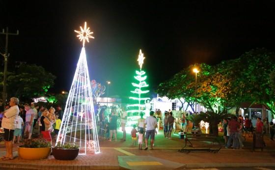 Atrações culturais vão movimentar o Natal Iluminado de Itaipulândia neste final de semana