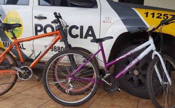 Bicicletas 'aguardam' proprietários no Destacamento da Polícia Militar de Missal