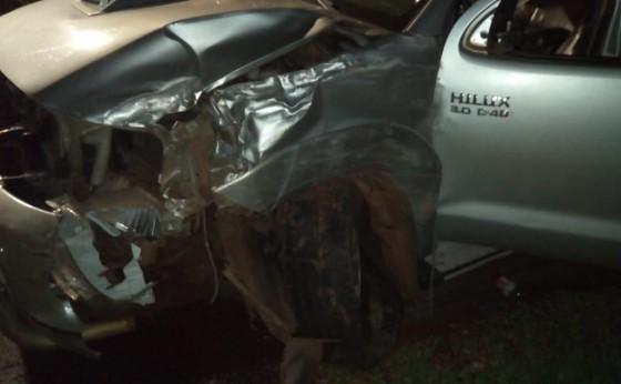 Caminhonete roubada se envolve em acidente próximo ao Monumento de Nossa Senhora em Itaipulândia