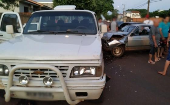 Carro é furtado e ladrão foge após acidente em São Miguel