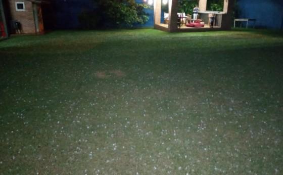 Chuva de Granizo que passou por Santa Rita - Paraguai se encaminha para o oeste Paranaense