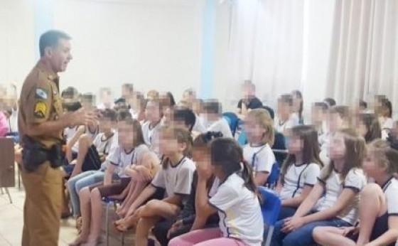 Comandante da PM de Missal realiza palestras nas escolas com o tema 'violência nas escolas'