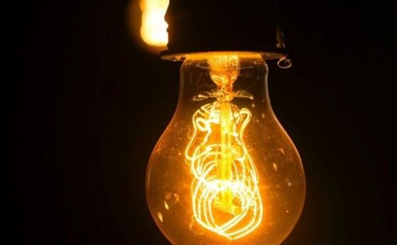 Conta de luz fica 5,6% mais cara a partir de hoje