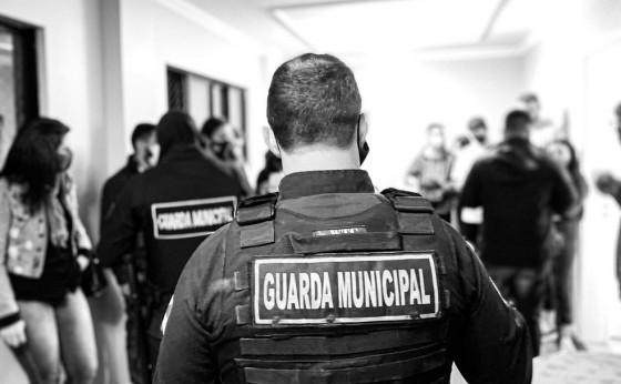 Coronavírus: Forças de segurança interrompem festa de casamento e evento em cobertura de prédio