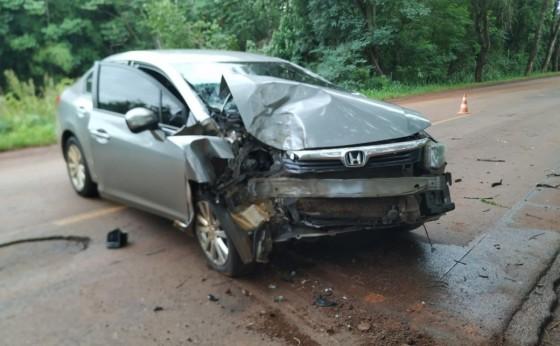 Duas pessoas se ferem em acidente na PR 497