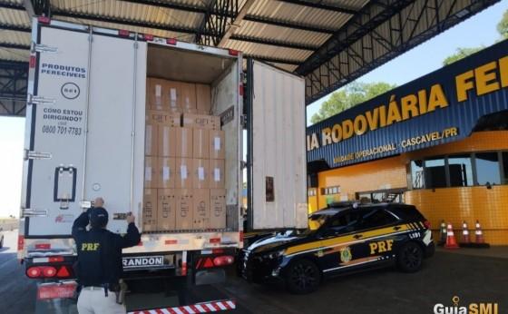 Em 4 horas, PRF apreende quatro carretas com 1,8 milhão de carteiras de cigarro no Paraná