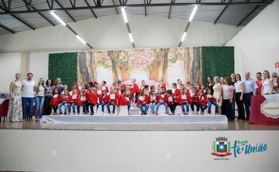 Formatura da Educação Infantil da Escola Municipal Novo Milênio