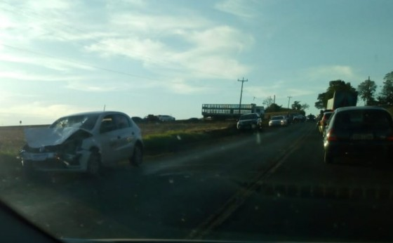Grave acidente na PR 497 próximo a entrada para Santa