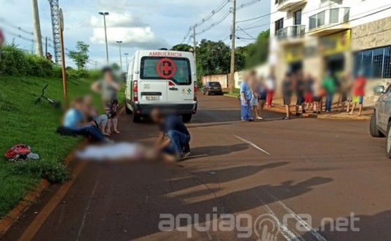 Idosa morre após ser atropelada por motociclista em avenida; Moto estava a mais de 200 km/h