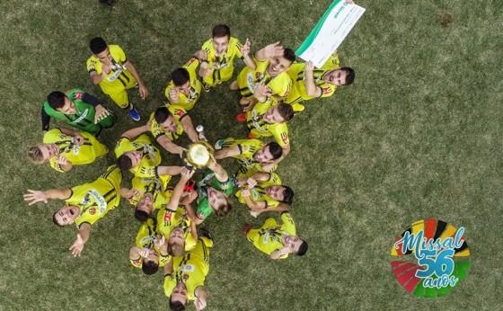 Itaipulândia é campeão da 3ª Copa Oeste Sicredi de Futebol