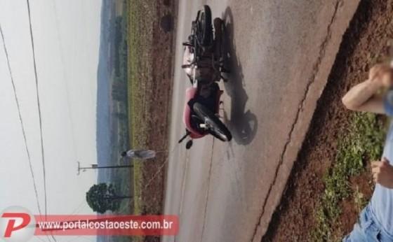 Motociclista fica ferido ao se enroscar em fios da rede elétrica na PR-495 em Missal