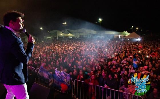 Missal recebeu um grande show na noite de 25 de julho, a dupla Zezé di Camargo e Luciano
