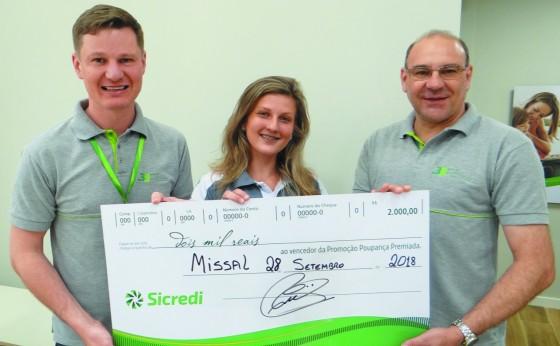 Moradora de Missal ganha R$ 2 mil em sorteio da Poupança Premiada Sicredi