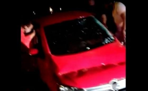 Motorista morre após capotar veículo