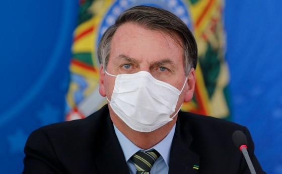 Mulher de Santa Helena diz à Bolsonaro que tem a cura para o Coronavirus