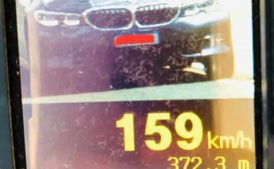 Operação Verão Costa Oeste: PRE flagra 45 veículos acima da velocidade na PR-495