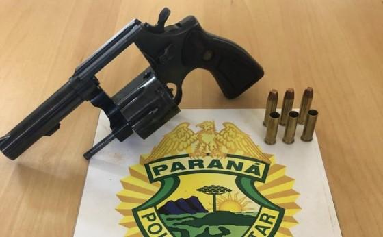 PM de Missal apreende arma e detém seis pessoas após desentendimento de compra de chácara