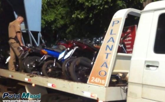 Policia Militar de Itaipulândia apreende seis motocicletas no Balneário Jacutinga