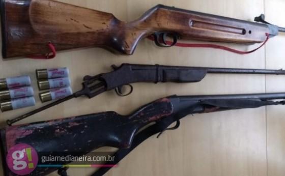 Policiais Civis de Missal e Medianeira apreendem armas e munições na Fazenda Formiga