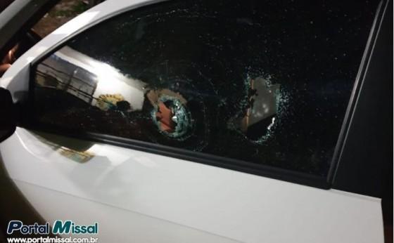 Policial militar reage à tentativa de assalto na PR 497 e atira em bandidos