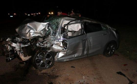Morador de Missal se envolve em acidente na PR 495  com 3 veículos carreta, Cruze e Amarok