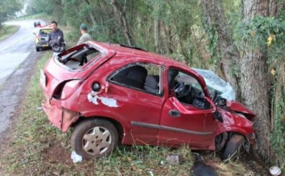 PRE apreende Celta e droga após perseguição entre Santa Helena e São José; condutor ficou ferido