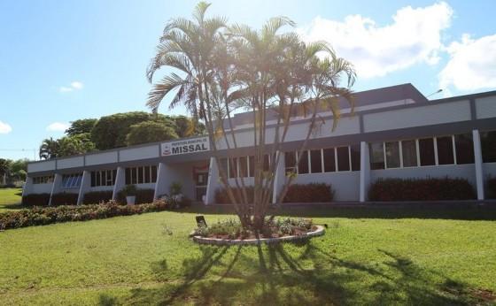 Prefeitura de Missal rescinde contrato com empresa que deveria ter concluído pavimentação poliédrica