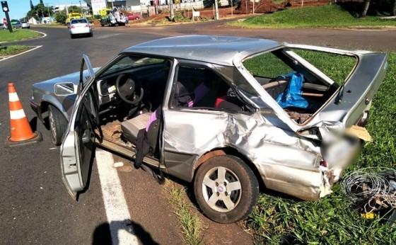 PRF atende acidente no trevo  Carelli em Cascavel