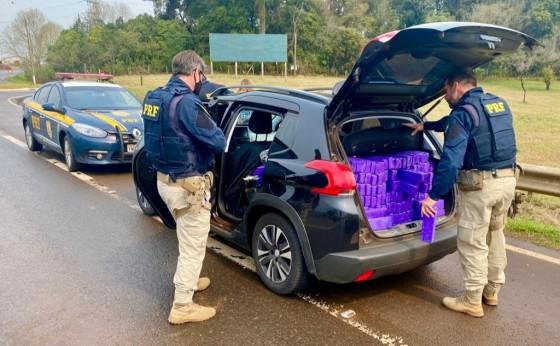 PRF prende casal de Itaipulândia com mais de meia tonelada de maconha no RS