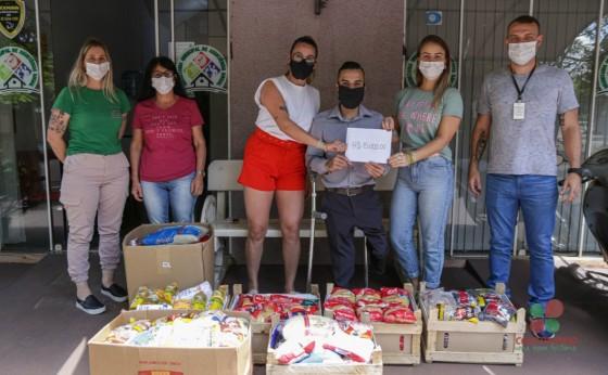 Provopar Municipal recebe meia tonelada de alimentos de grupo que realizou Ação entre Amigos
