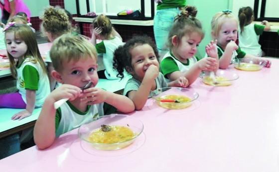 Qualidade na alimentação escolar nos CMEIs