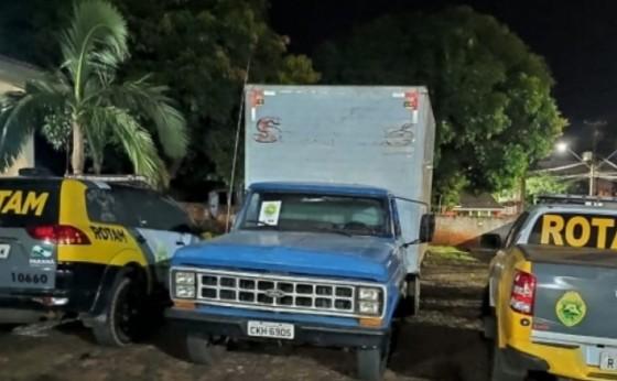 ROTAM de Medianeira e Matelândia recuperam caminhão e apreendem armas de fogo em Missal