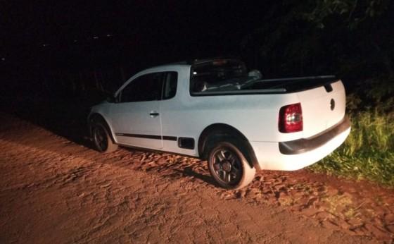 Saveiro roubada é recuperada pela PM em Itaipulândia